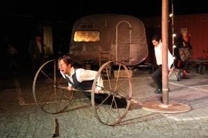 Theatertag T-Werk  Ton und Kirschentheater  (Brecht)   Foto Manfred Thomas