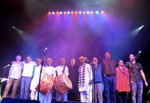 Shooglenifty & The Dhol Drummers of Rajasthan